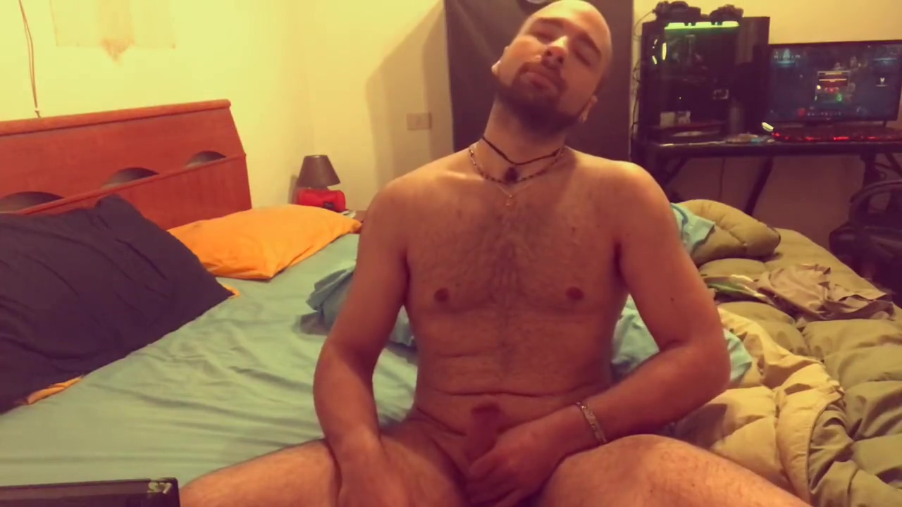 Masturbarsi 2 minuti in tranquillit� Bbw black undressing