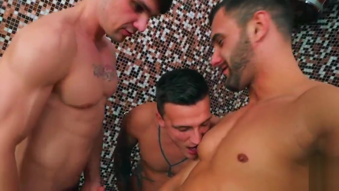 Dudes In Public - Bathhouse Lesbian prison strip search stories