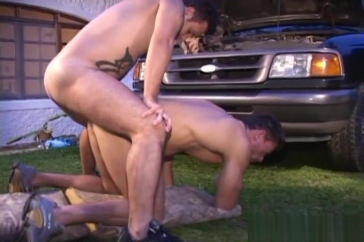 Hot Beefy Muscle Studs Hungry Mom Porn