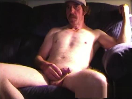 Amateur Mature Man Reggie Jacks Off and Cums huge hub cam porn own