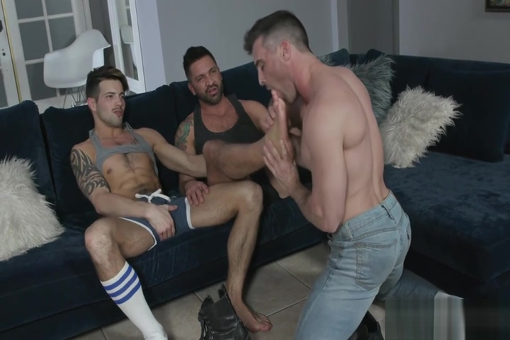 Foot Fetish Jerkoff Not Daddy And Asian Twink Raw Threesome