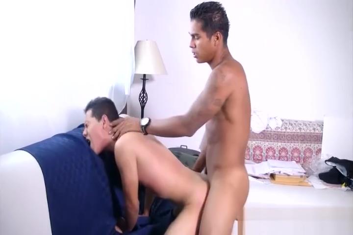 Big Boy Hector Bareback Fucks Little Elmo find a sex partner in your area
