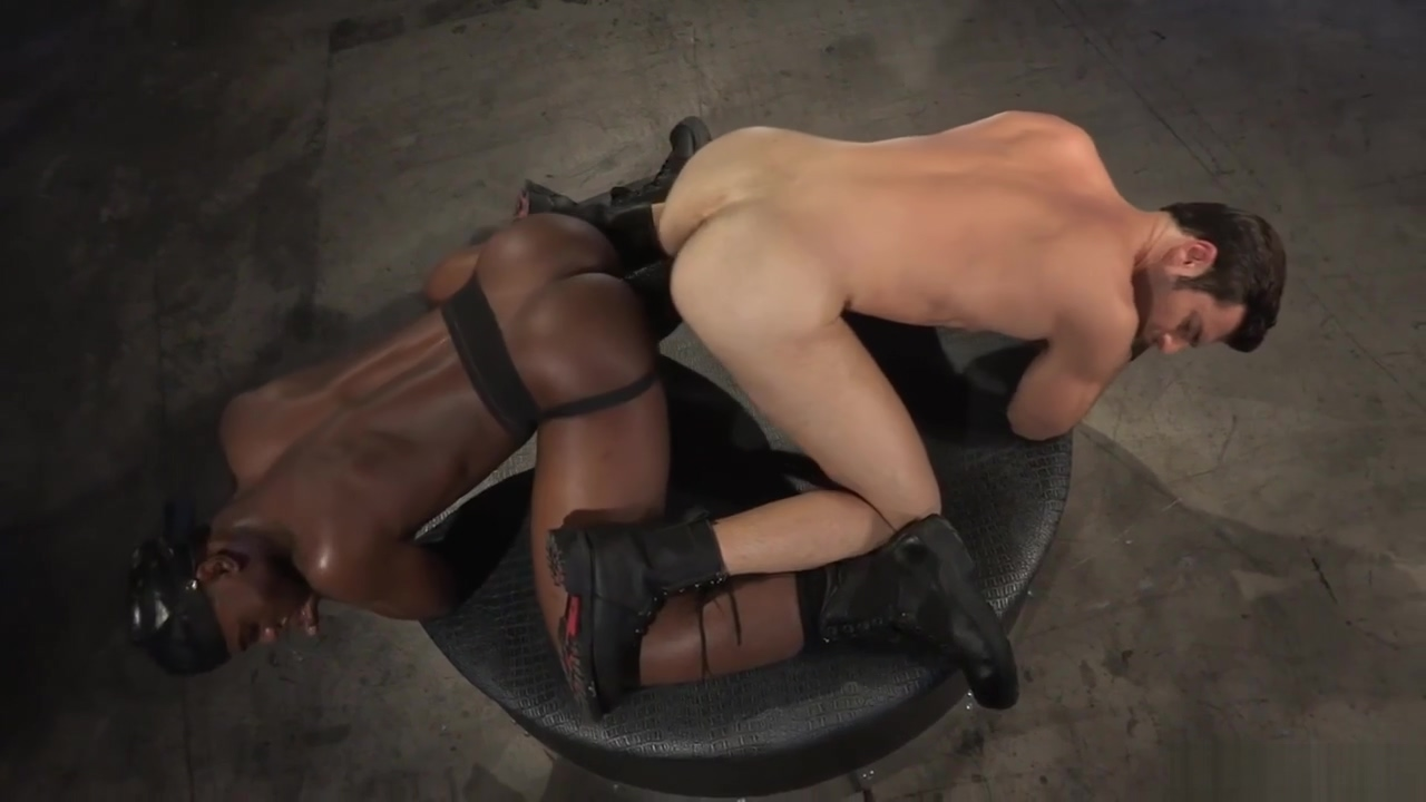 Interracial Ass Play Priveontvangst in belgie