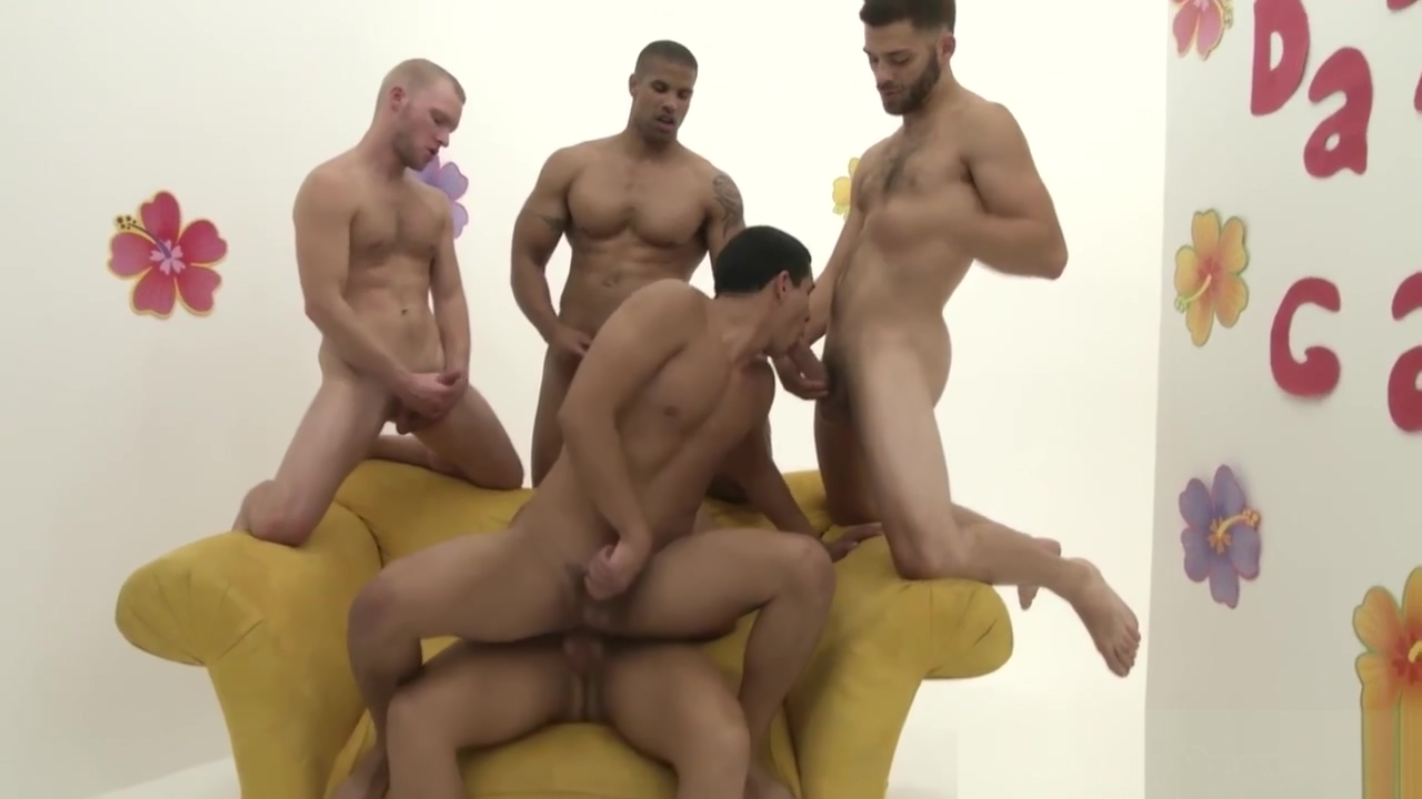 Muscular hunks stuffing a kinky bender Korean Sex Movie Porn