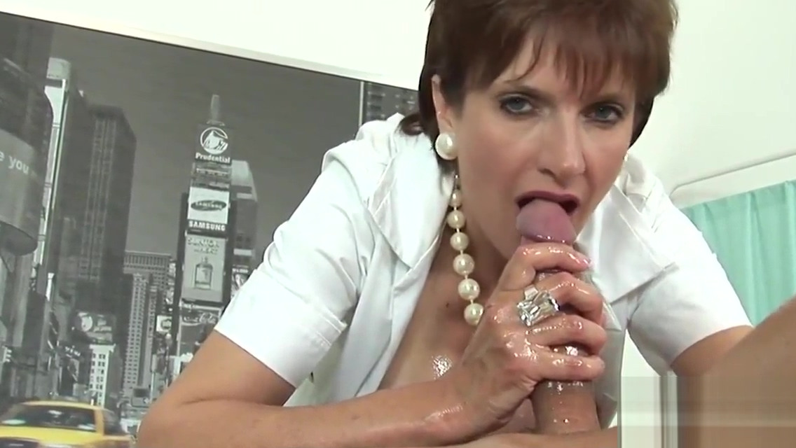 Unfaithful english milf lady sonia flashes her heavy jugs Chats for adults