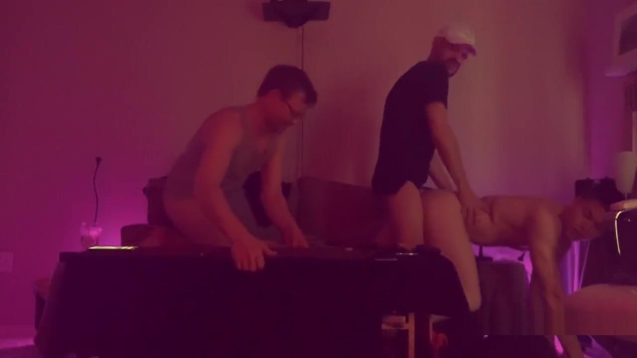 Hot Puerto Rican Top Edrick Nieves Fucks Nathan Vegas free jana bach porn