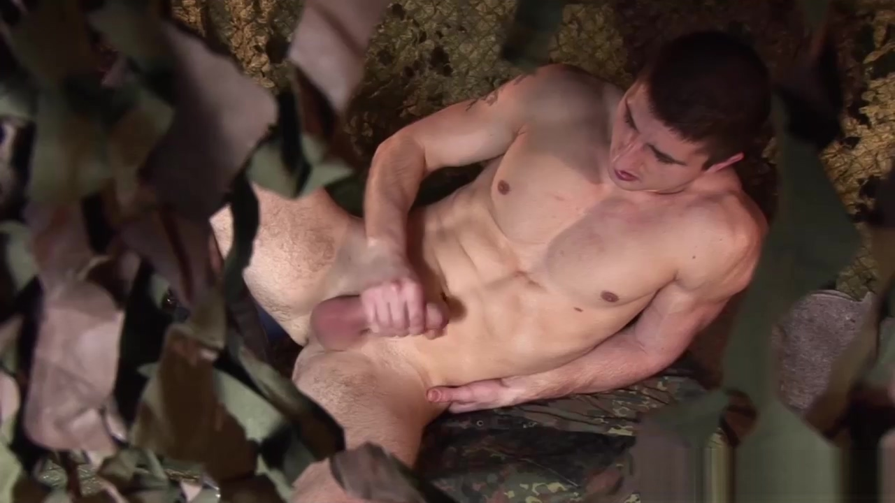 Muscular Soldier Rob Koubek Jacks Off daddy and daugter sex video