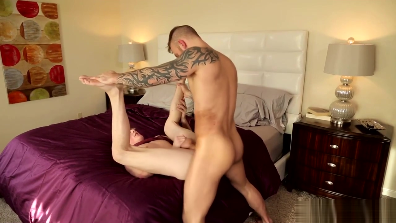 NextDoorTwink Twink Caught Watching Gay Porn by Step-Daddy Culos calientes porn