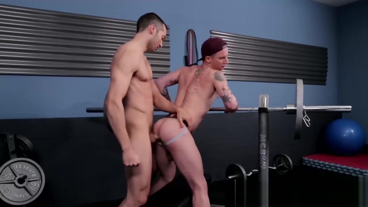 Ashton getting a hard fuck in the gym black gay amateur cum shots