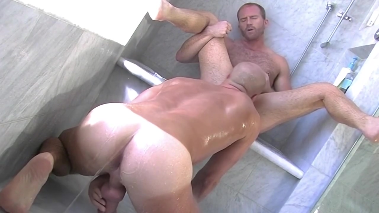 Gay Porn ( New Venyveras ) scene 148 the biggest porn star in the world