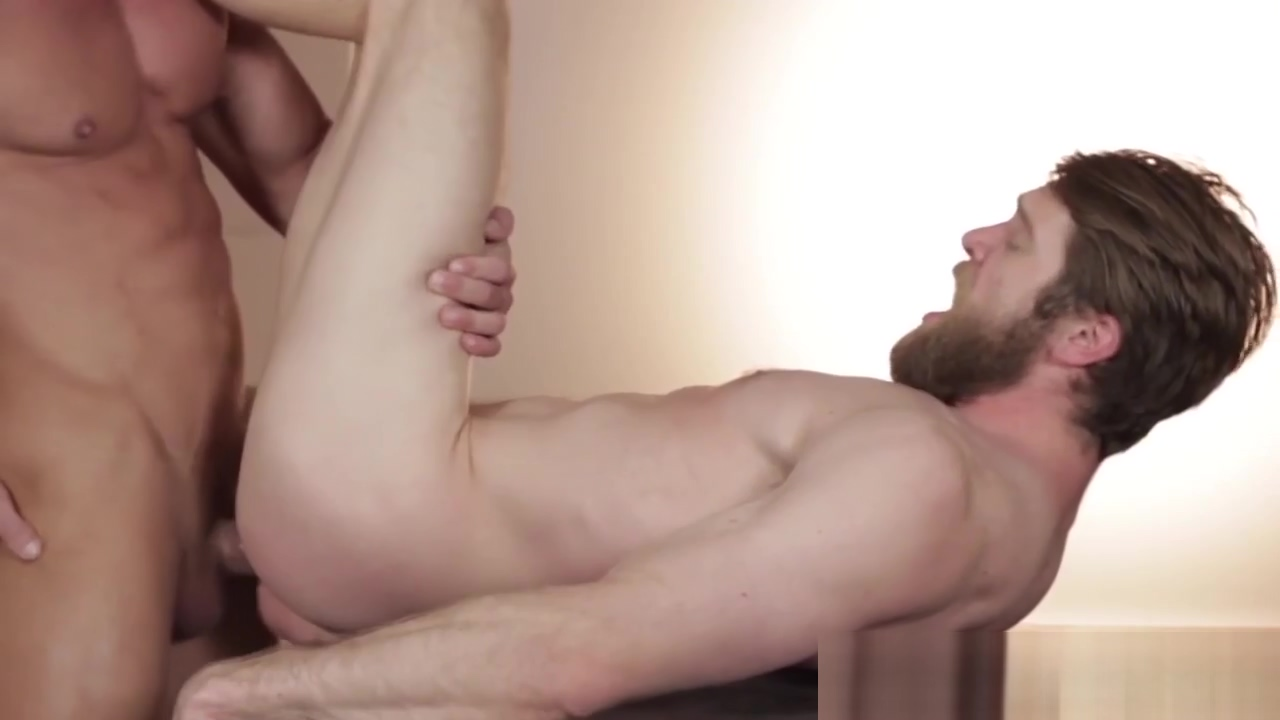 Bearded hunk sucks muscular stud Free Porb Video