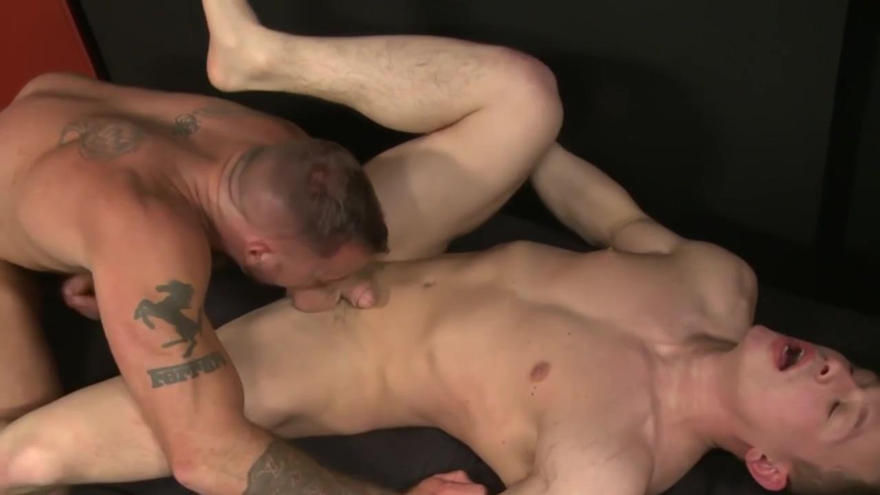 Gay Porn ( New Venyveras 5 ) scene 186 Huge cumshot home videos
