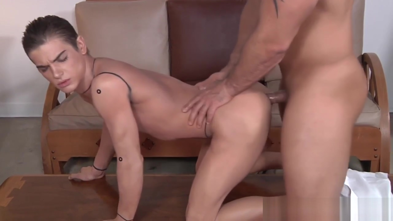Muscular delivery guy gives bj Movie star sex scene