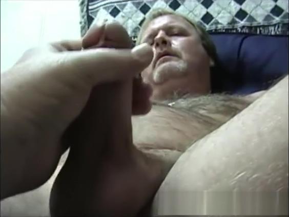 Mature Amateur Scott Jerks Off black free full length movie porn