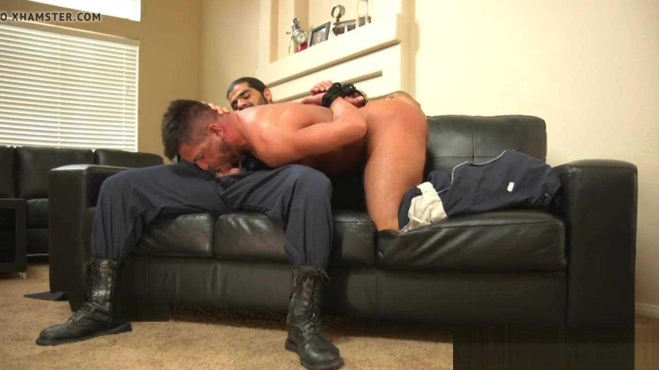 Restrained bdsm stud sucking doms cock Female masturbation technique com