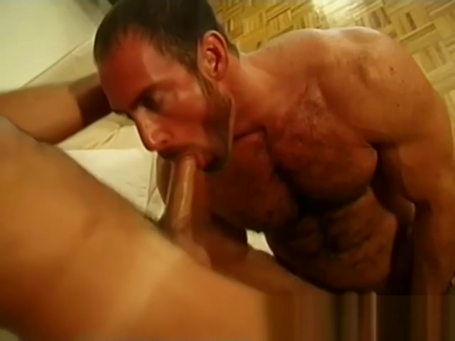 Pumping Gay Bears free gay porn Behind the scene sex