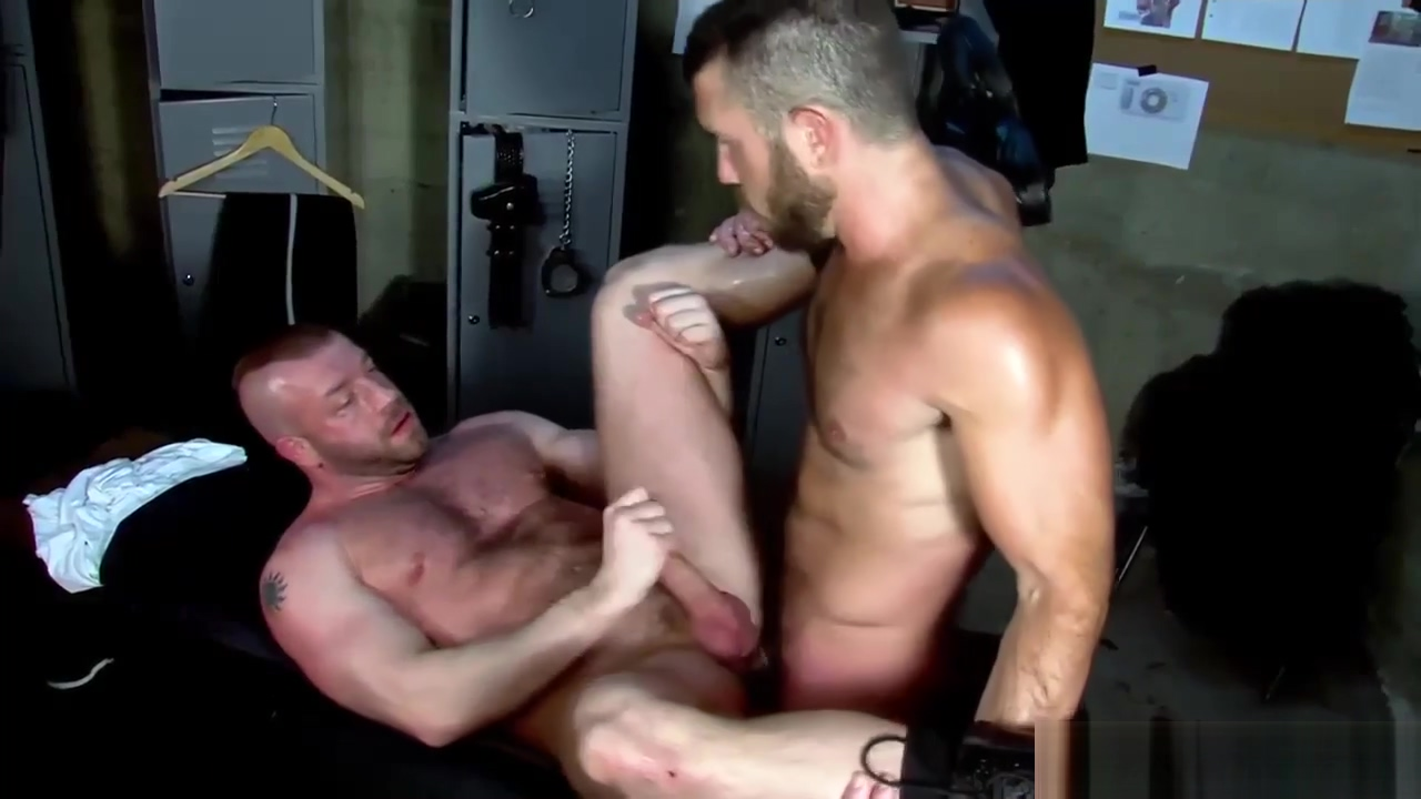 Muscly bears jizz thatch Nude sexy witch tattoos
