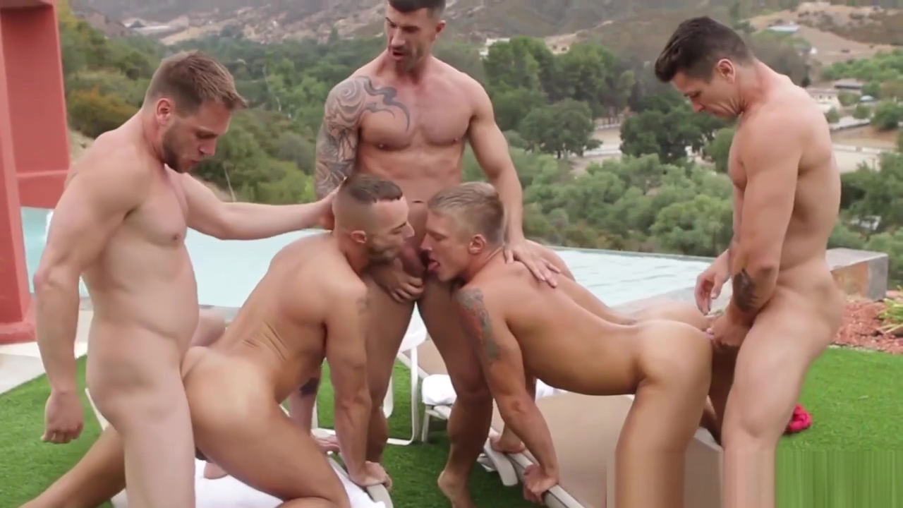 Athletic gay hunks fucking ass in the sun free full figure nudes