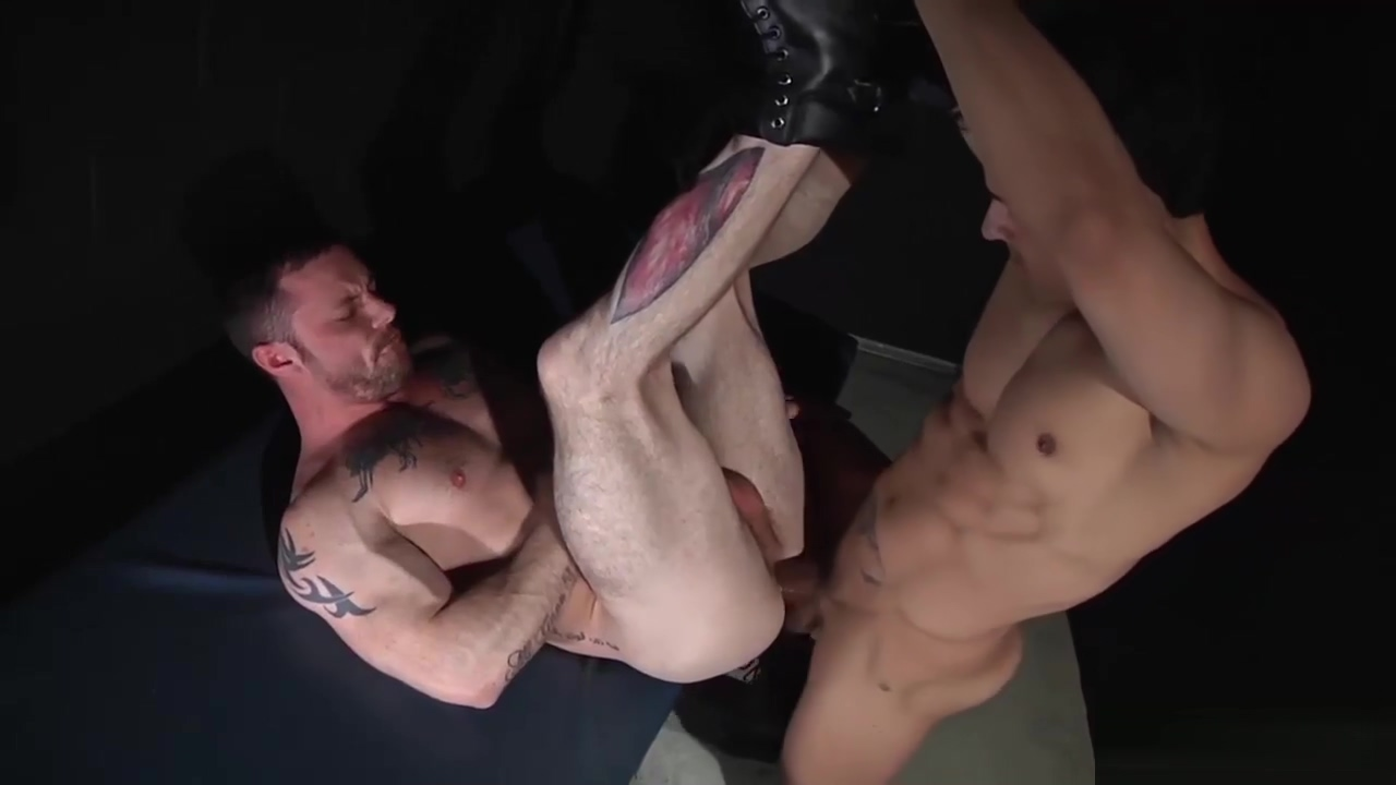 Sergeant Miles is in need for a doctor Anal sex hookup video
