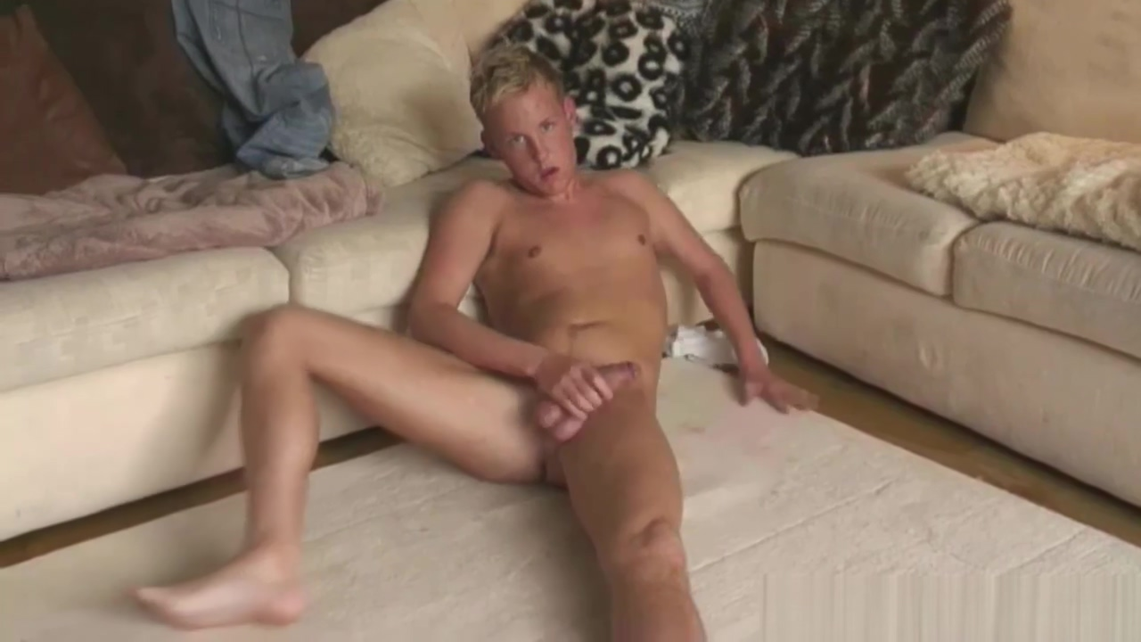 Twink Amateur Thomas Calvin Beats Off Xxx girl fantasy toons