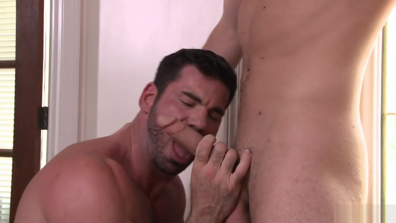 BILLY SANTORO & CALVIN BANKS Red date water for sex
