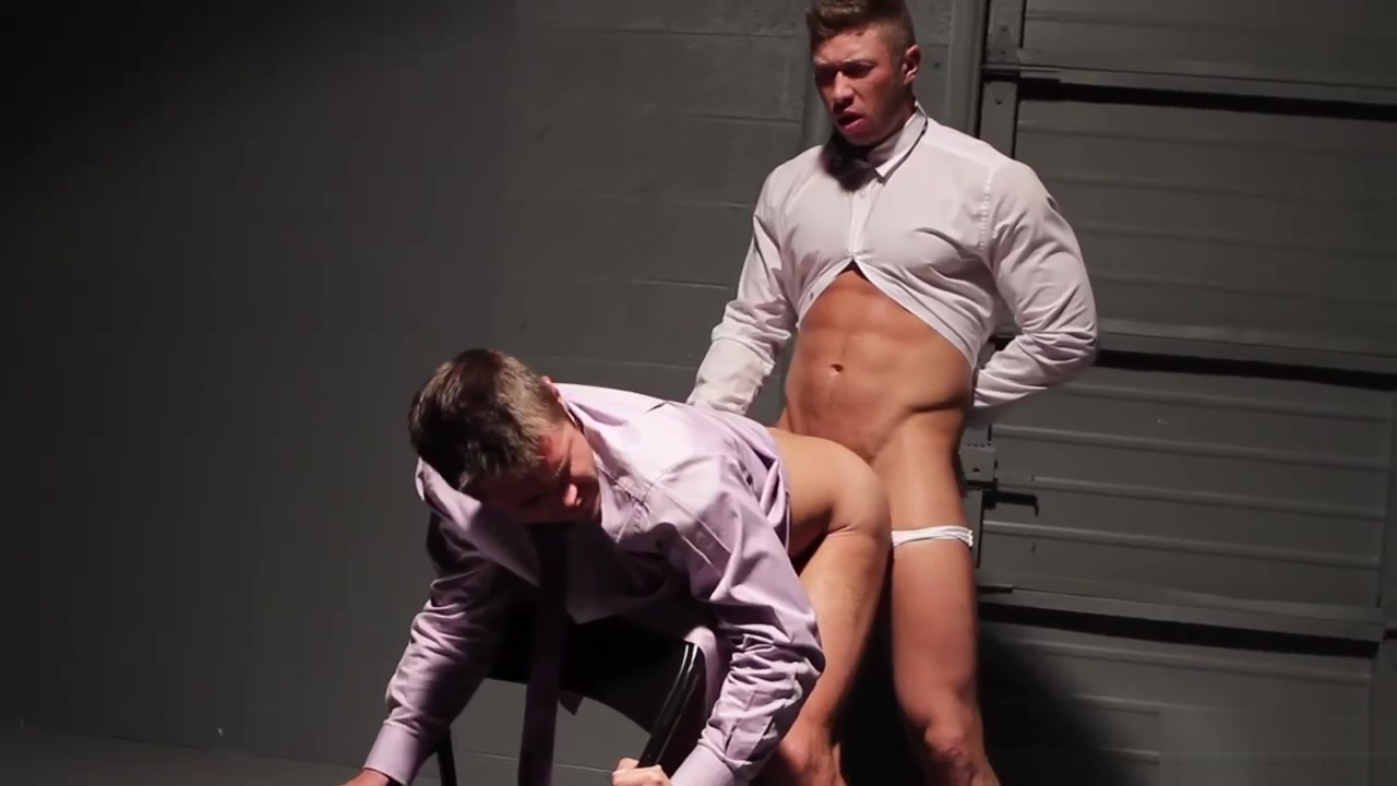 Mike Lures Johnny to a Private Meeting Bbw booty in khaki pants