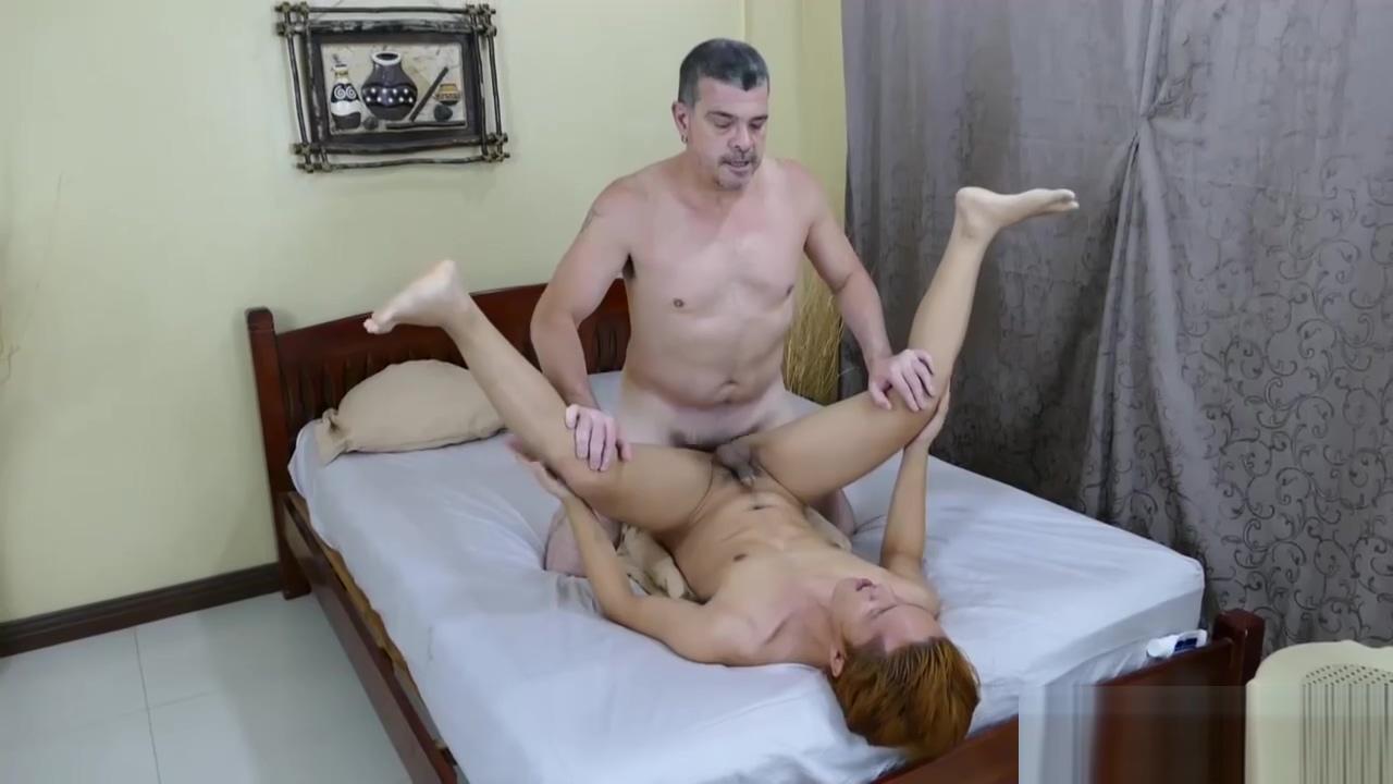 Daddy Mike Bareback Fucks Asian Boy Prinz Dating site for 40-50