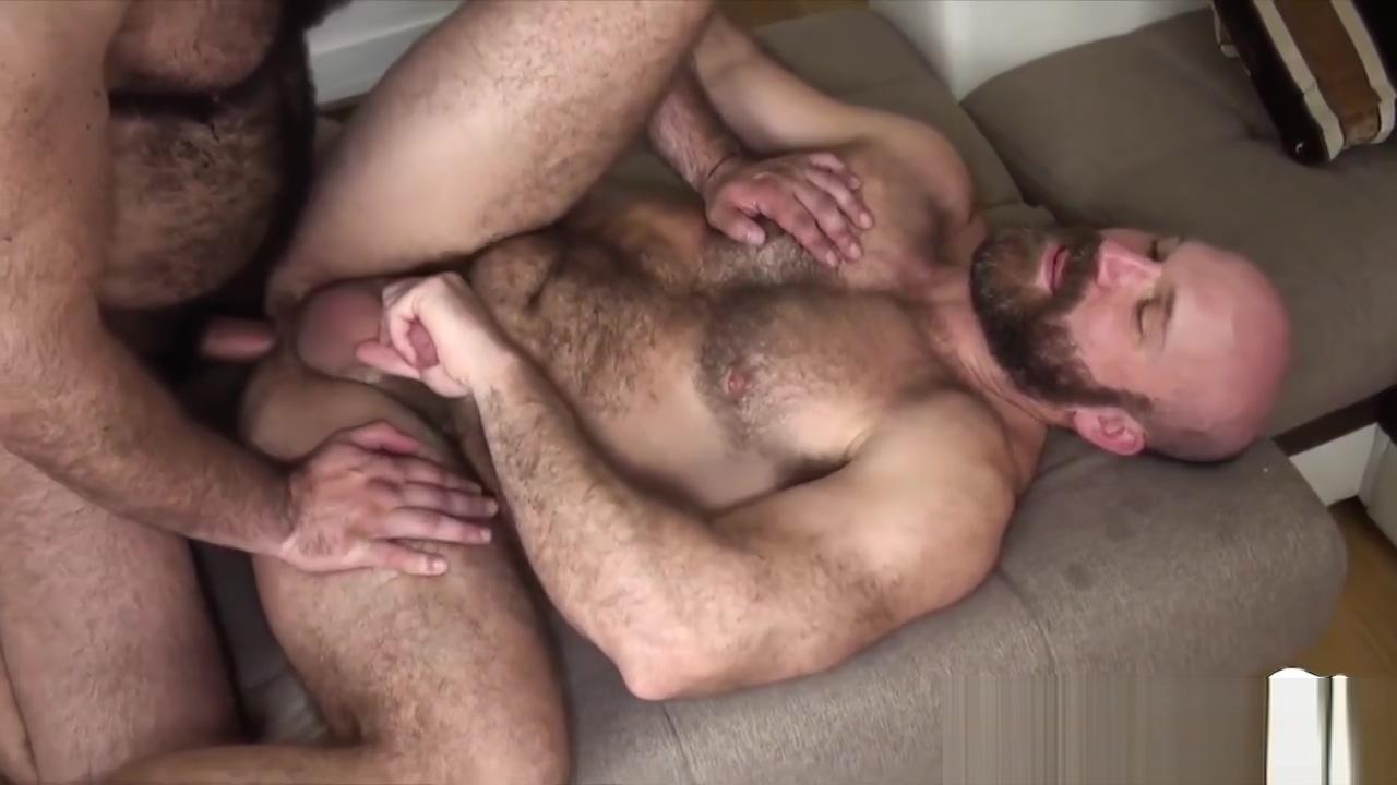 Bearded chubby bear fucking mature guys ass Massage turns into fisting