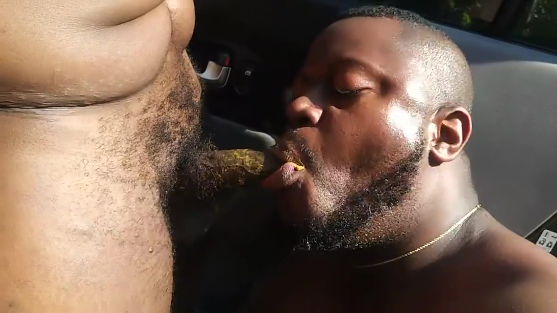 GETTIN SHITTED ON BEFORE WORK Large women domination