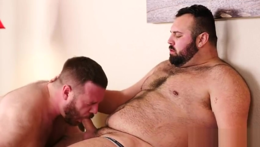 BEAR09- HUNGRY FOR COCK in water i am beautiful tab
