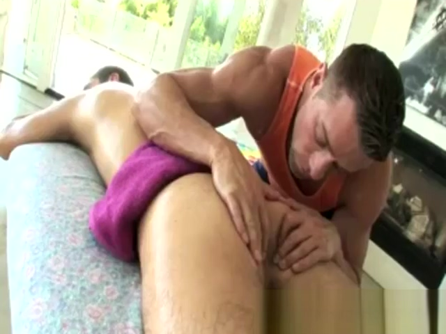 Leed Scott gets touched during a massage Rola muito grossa enorme anal