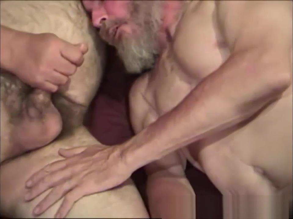 Mature Amateurs Marc and Lonnie Suck Dick Double penetration grandmothers movies