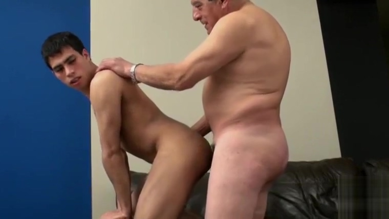 grandpa big cock fuck bareback young man Kwan thai massage rosa sidan escorter