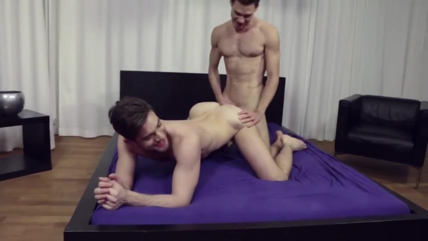 Zander Craze & Leo Alexander fucking bare Sex girls with a dick to scream