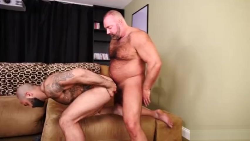 Muscular hairy man Shameless wikia sammi