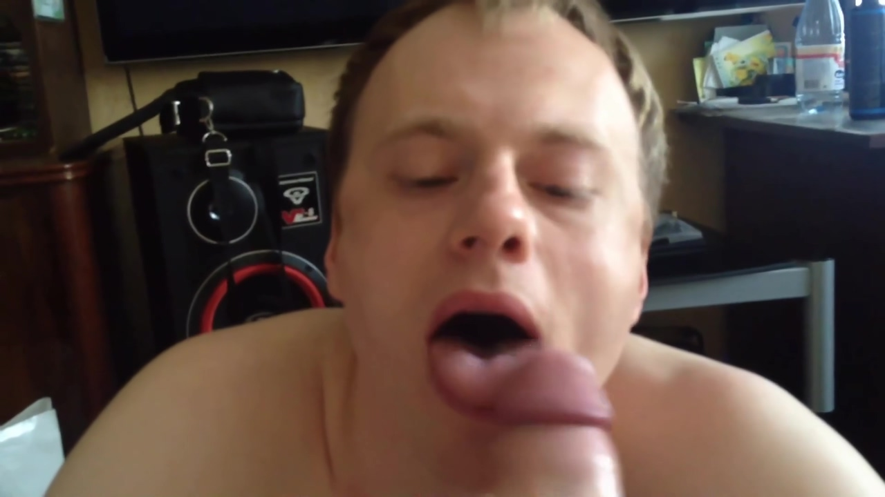 POV homemade gay video. Im sucking my friend cock. Speed dating o que e que e