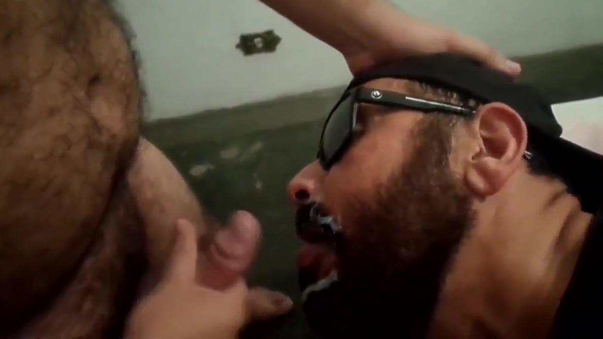 VIDEO 275 Round big jiggly tits gif