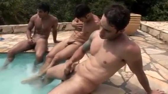 Caras gostosos na piscina App store sex games