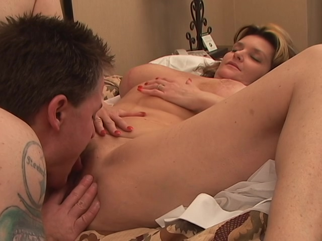 Nasty mature gets a facial after deep anal Chubby milf fucks