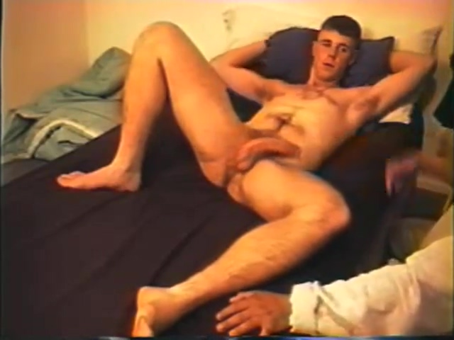 Bobby Sucks & Wanks Hung Marine Cock Nude handicap pussy pictures