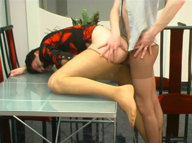 trp g509 clip02 Her first painful anal pounding