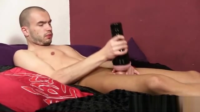 Bald twink Steven cums on his pantyhose nylons Naughty Cris Moura throws dirty hits at Jbrown