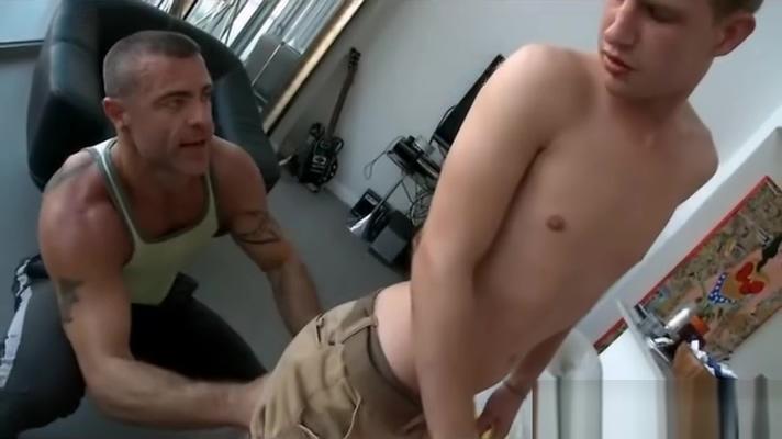 Gay massage guy gives massage at home Amateur mature monster asshole extrem rosebud