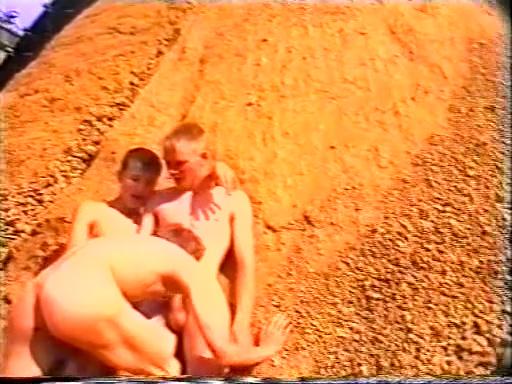 Pissen Blasen Wichsen Sharing of lovely beavers with wicked honeys