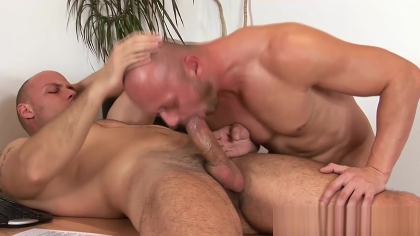duo barefuck at the office all type of pussy