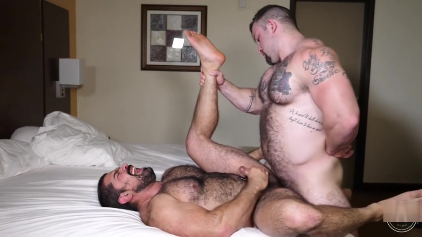 Jack Barebacks Hugo Ebony full hd