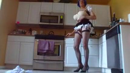 20130620 1 maid Very beautiful free nude girl