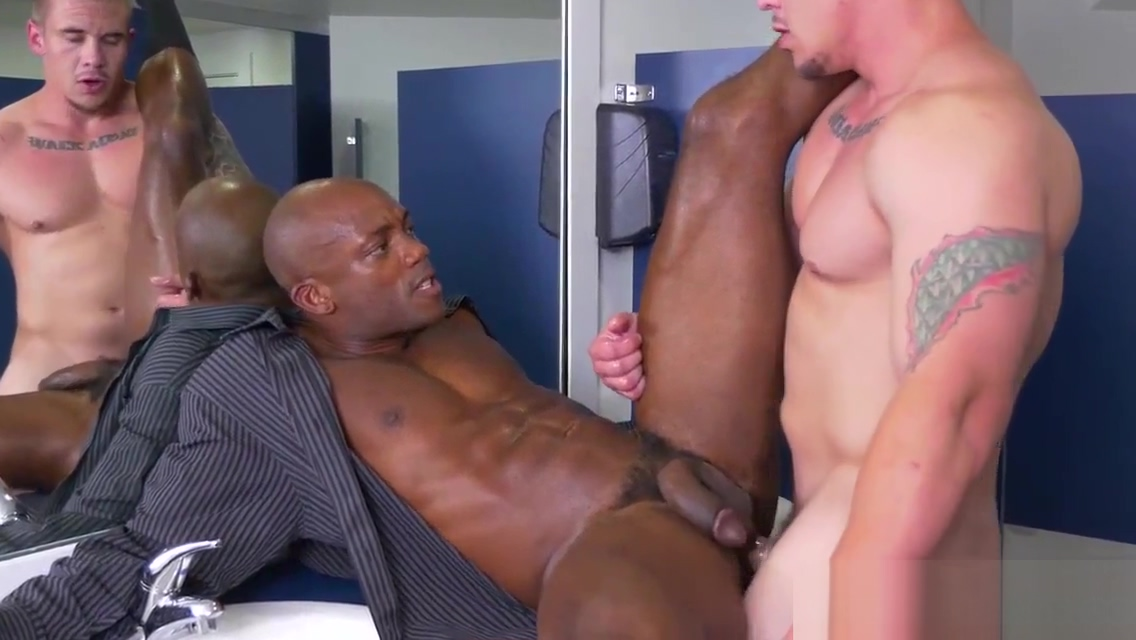 Ebony office stud blows bosses cock Sperm count on daily sex