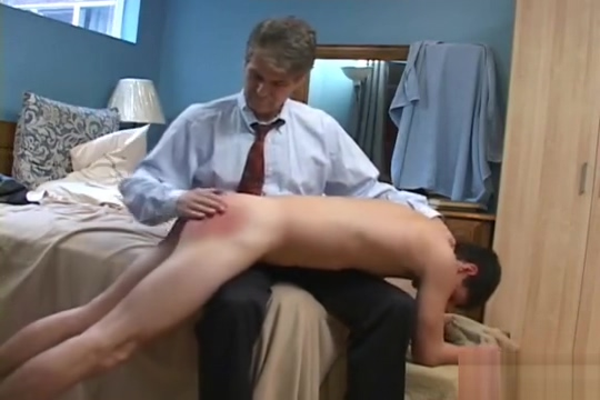 Spanked over the laptop Amature asian pussy fuck