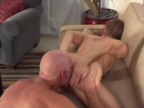 Hart fucks Tony Megan fox fucked a girl